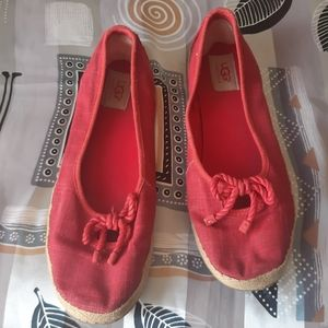 Uggs red cambas espadrille flats